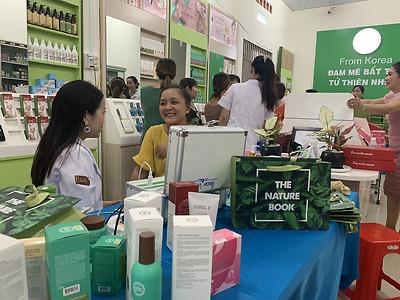 Cửa hàng nhượng quyền The Nature Book - Lê Nguyễn